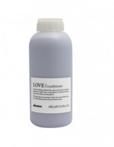 Davines Love Smooth...